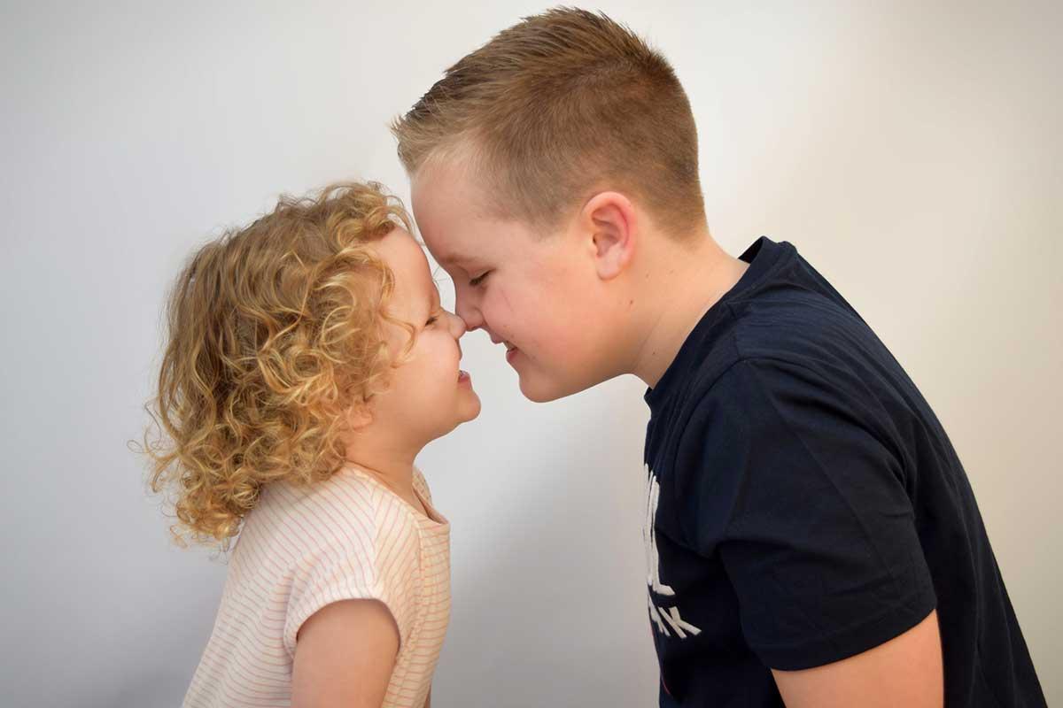 siblings photograph in east lothian